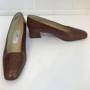 Vintage Etienne Aigner Astoria Block Heel Sz 8.5